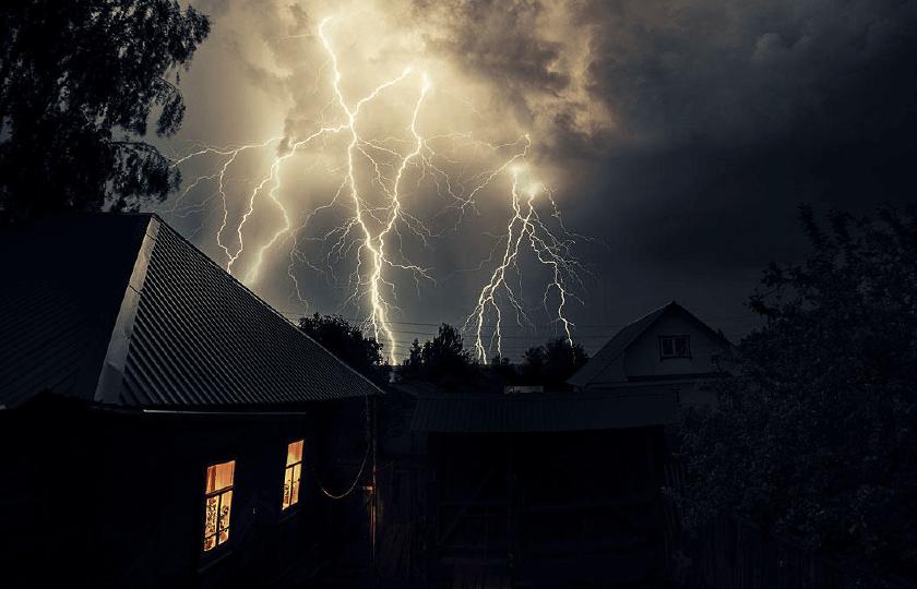 Cuidados com a energia elétrica no período de chuvas