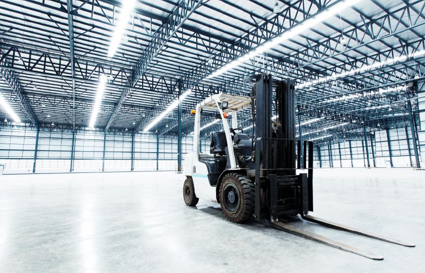 Como planejar a iluminação de armazéns industriais
