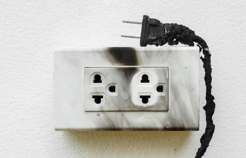 Curto-circuito: por que acontece e como evitar